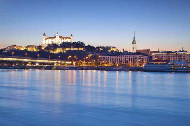 Bratislava-Castle-private-day-trip-from-Vienna1