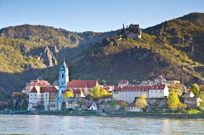 Dürnstein-photo-wachau-valley-wine-tasting-bike-tour