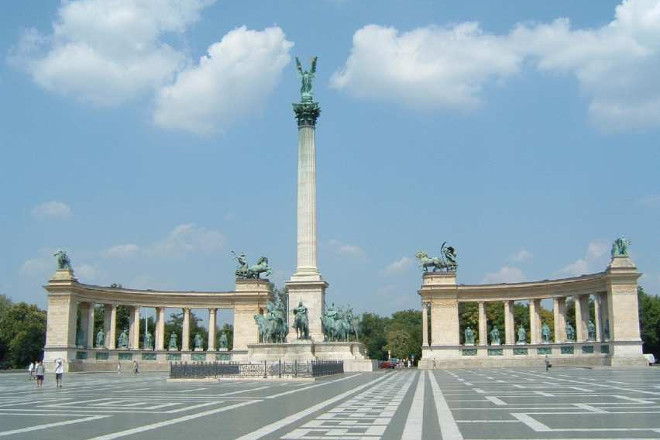 Heroes square Budapest day trip from Vienna