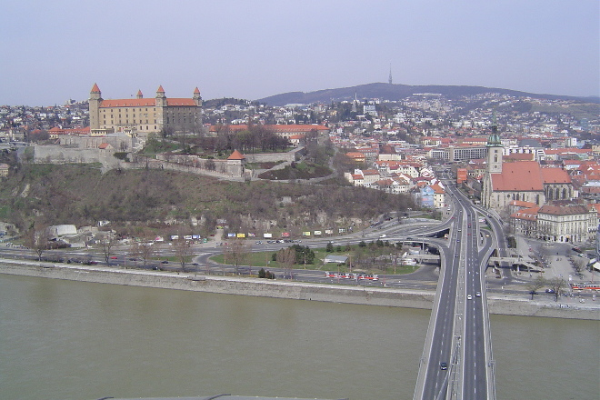 View-UFO-bridge-Bratislava-day-trip-from-Vienna